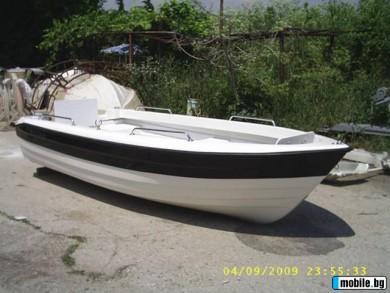 Лодка TRITON 440 см